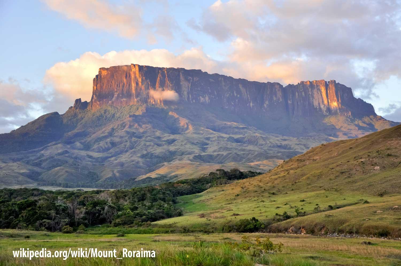 Flat mountain Kukenan Tepuy at Sunset